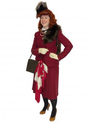 c508-1940s-lady-